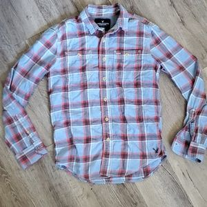 American Eagle Classic Fit Plaid Flannel Button Up